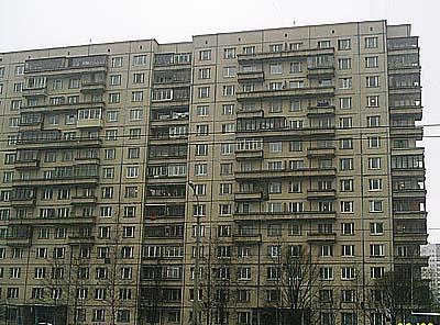 В панельных домах 606 серии ( 12-14 этажные дома. блокиратор неправильного открывания. ширина трёхстворчатого окна...